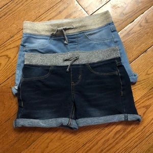 Lot of two SO shorts.